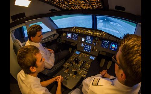 Flugsimulator A320 in Aachen - Einführung ins Cockpit