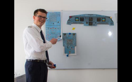 Flugsimulator A320 in Aachen - Briefing